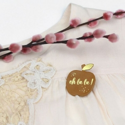 Broche cuir Pomme