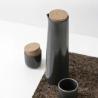 Pichet en céramique artisanale / noir